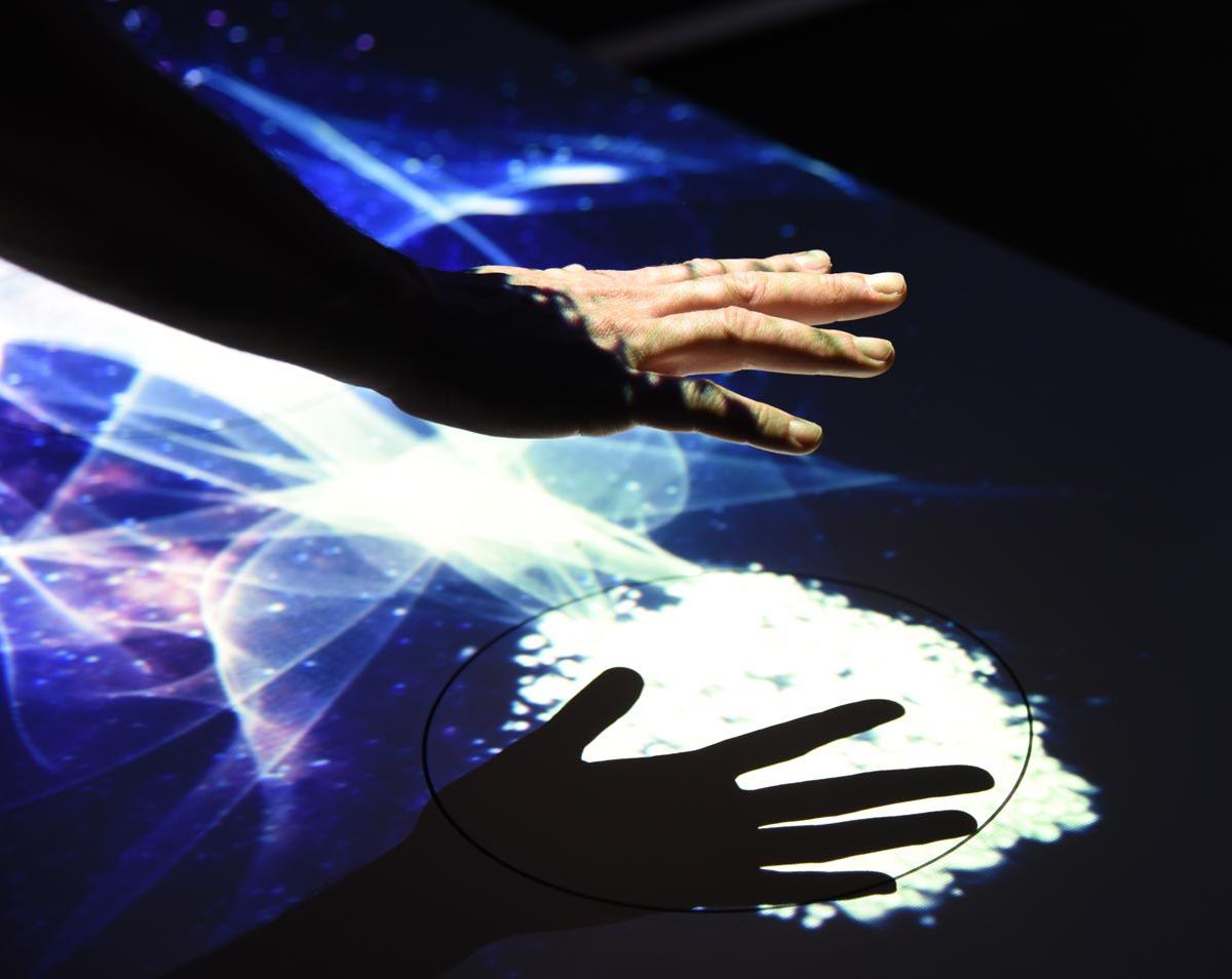 allestimento interattivo aurorameccanica fuorisalone 2_light